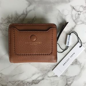 NWT Marc Jacobs Empire City Mini Compact Wallet